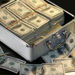 カリフォルニア州では2022年、ロサンゼルス市では2020年には最低賃金が$15(1,650円)に急上昇!!?